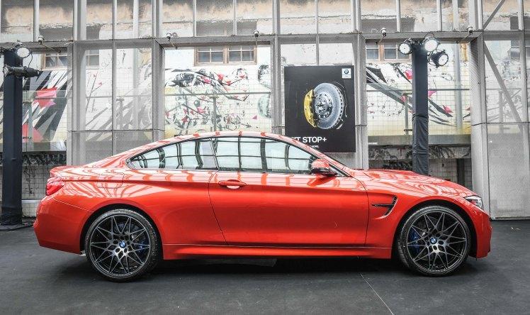 [新聞照片三] 全新BMW M4標準配備Competition Package競技化套件