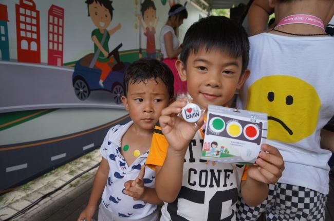 2017 BMW 台北 依德 兒童 交通安全 體驗營 中和 永和 四號公園 活動 小朋友 愛 yider 紅 黃 綠