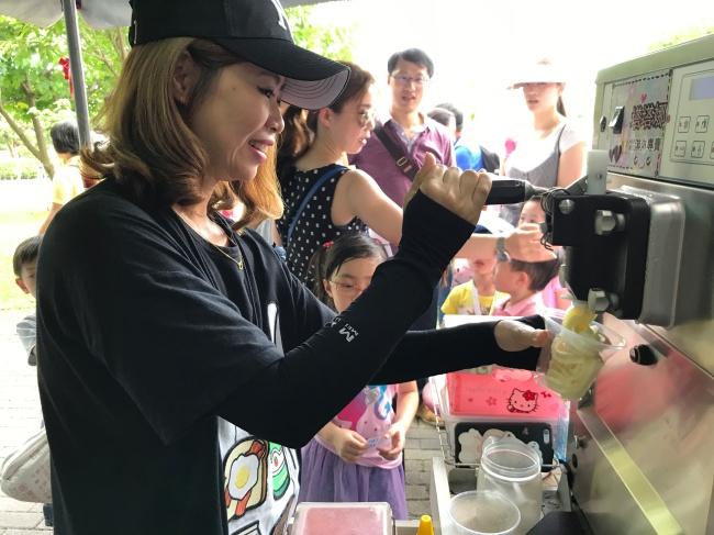 BMW 台北 依德 2017 兒童交通安全 體驗營 園遊會 胖卡 餐車 霜淇淋 中和 永和 四號公園 活動