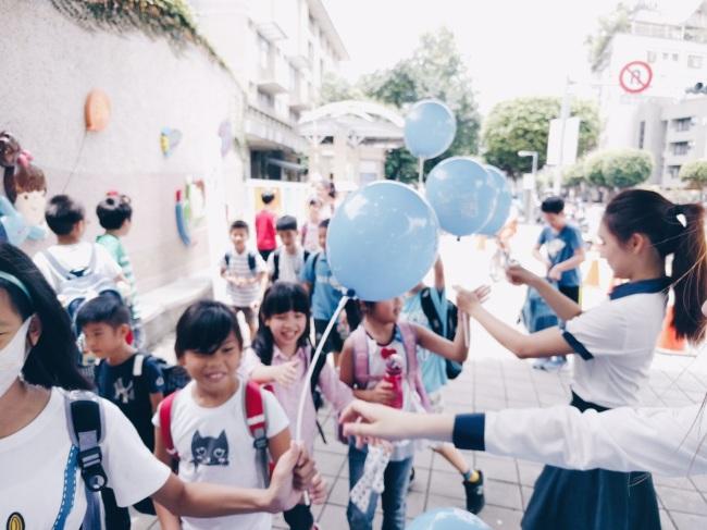 bmw 依德 兒童 安全 永和國小 秀朗國小 頂溪國小 氣球 熱心 工作人員 員工 2017